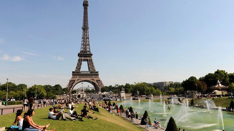 Paris recorde turistas